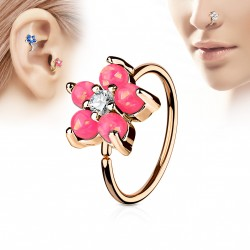Piercing anneau or rose tragus nez hélix 8 x 0,8mm et une fleur rose Kik TRA109
