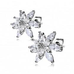 Puces d'oreilles fleurs et pétales en zirconiums blanc Kik PUC081